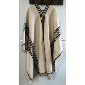 Poncho de lana hilada crudo Santiagueño